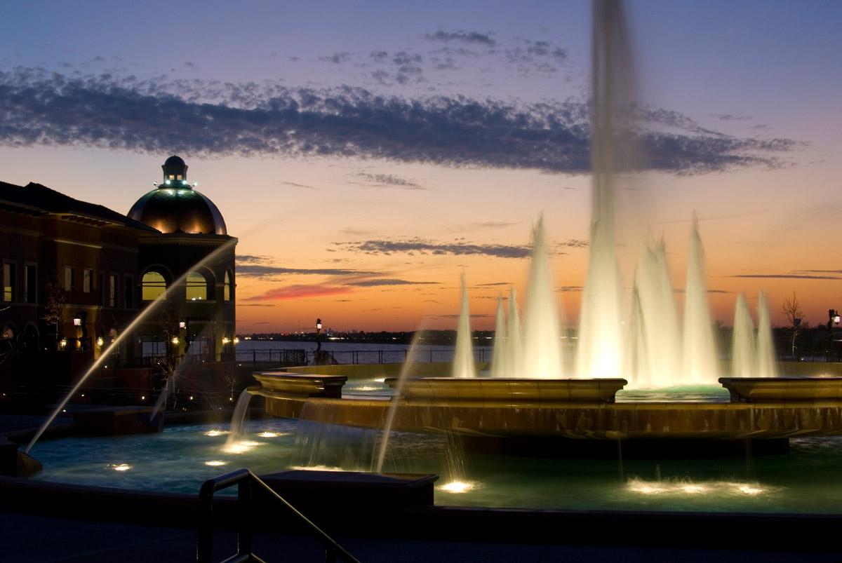 Harbor-Fountain